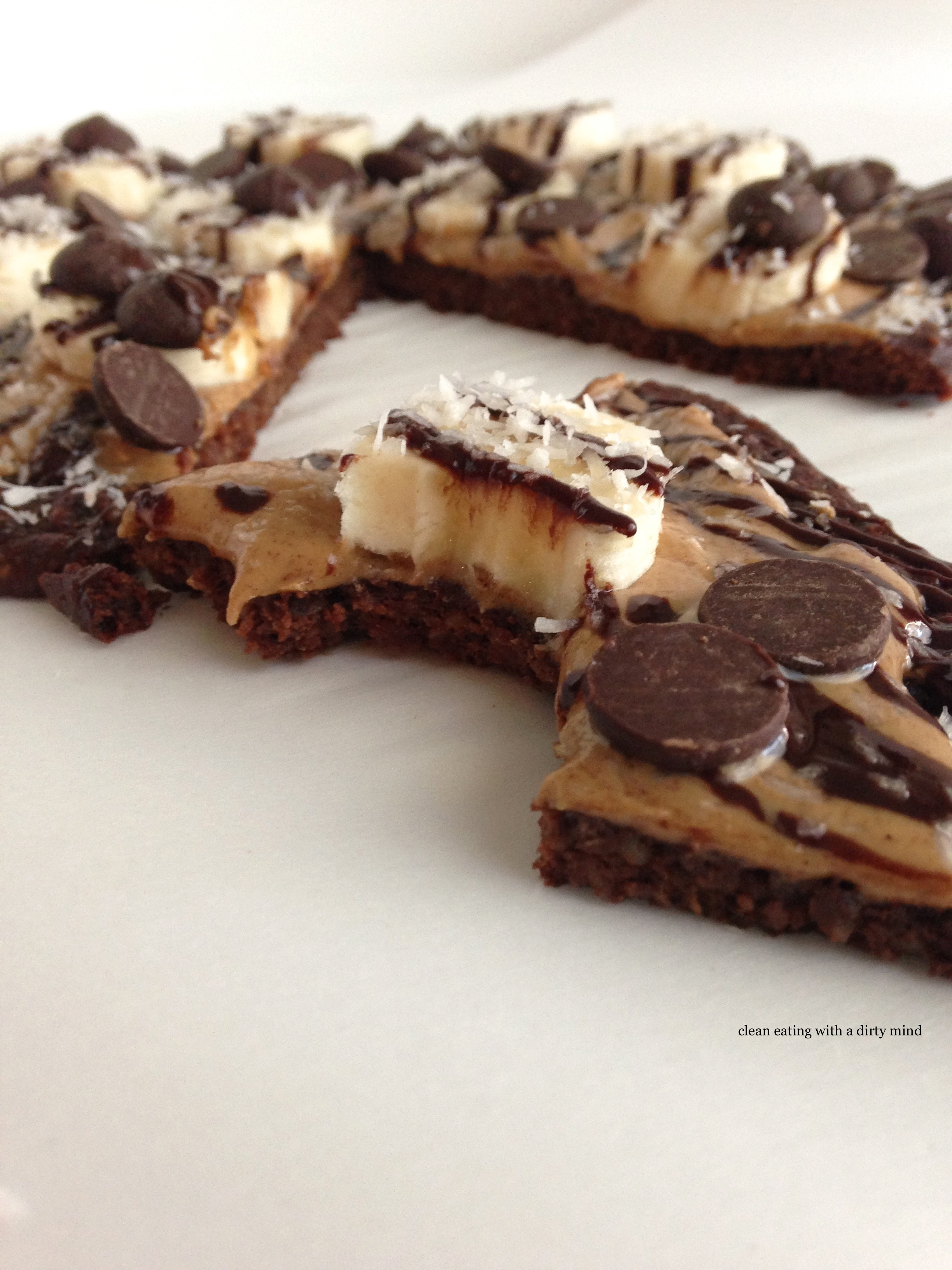 Paleo Chocolate Pizza with a Cocoa Cauliflower Crust You ...